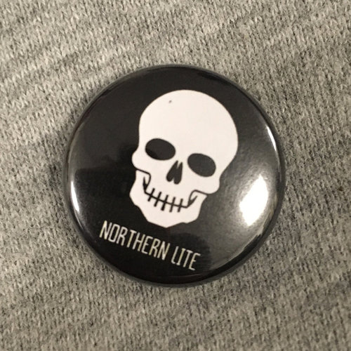 Northern Lite - BTTR Button Schwarz (25mm)